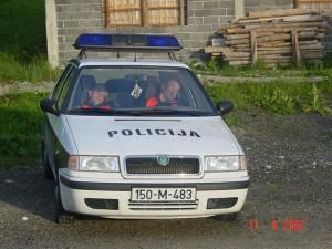 bosnian-cops-hard-at-work
